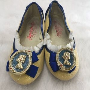 Snow White Dress Up Shoes